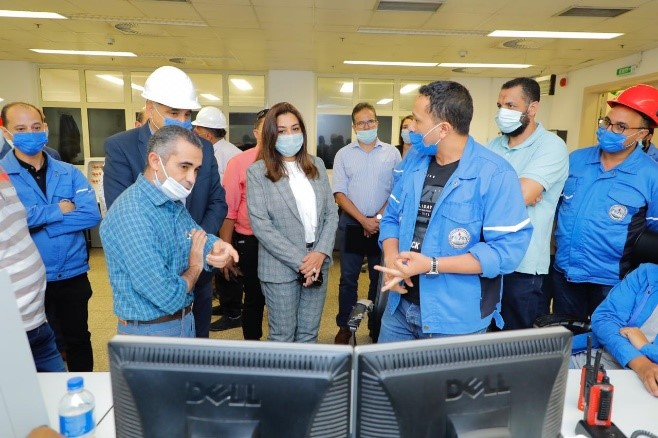 """Damietta Governor visits the Egypt factory for the production of fertilizers """"MOPCO"""""""